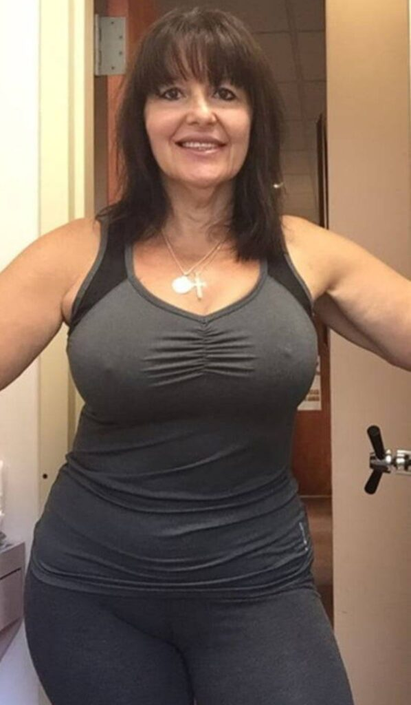 Sexy-Mature-Women